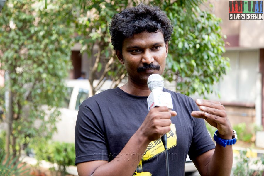 Lyricist Muthamil at the Mundasupatti Press Meet