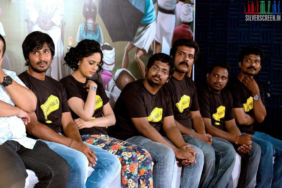 Actor Vishnu Vishal and Actress Nandita at the Mundasupatti Press Meet