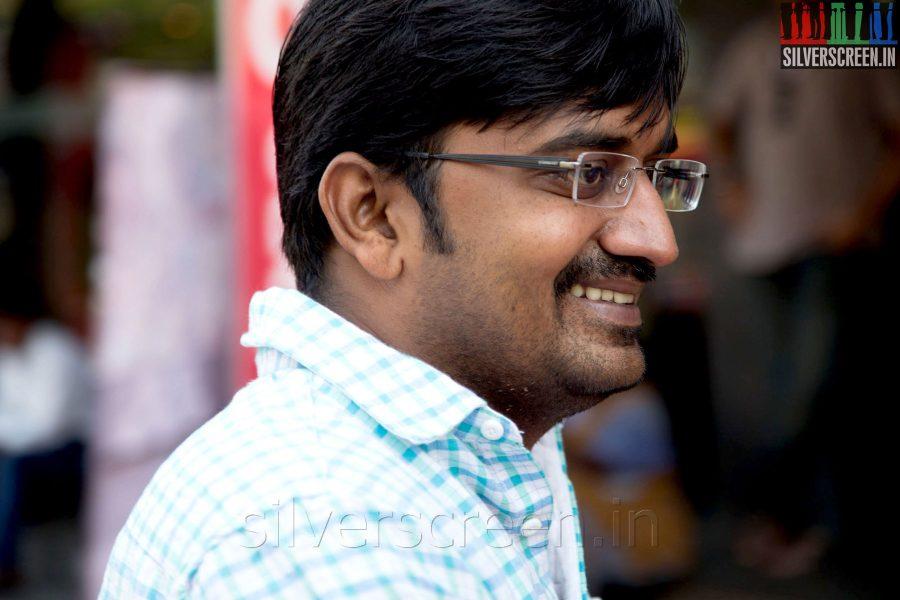 Actor Karunakaran at the Sathuranga Vettai Audio Launch