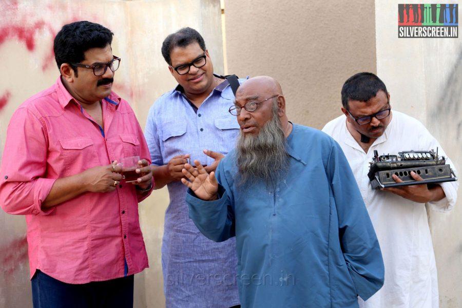 Actor Kochu Preman and Mukesh in Thirunthuda Kadal Thiruda Movie Stills
