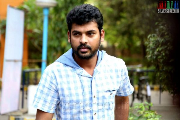Actor Vimal at the Manjapai Press Meet