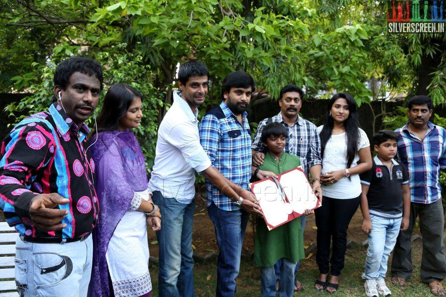 thalaimuraigal-award-winners-sasikumar-press-meet-037
