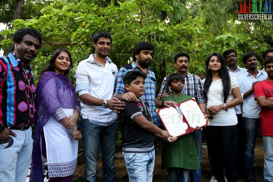 thalaimuraigal-award-winners-sasikumar-press-meet-039
