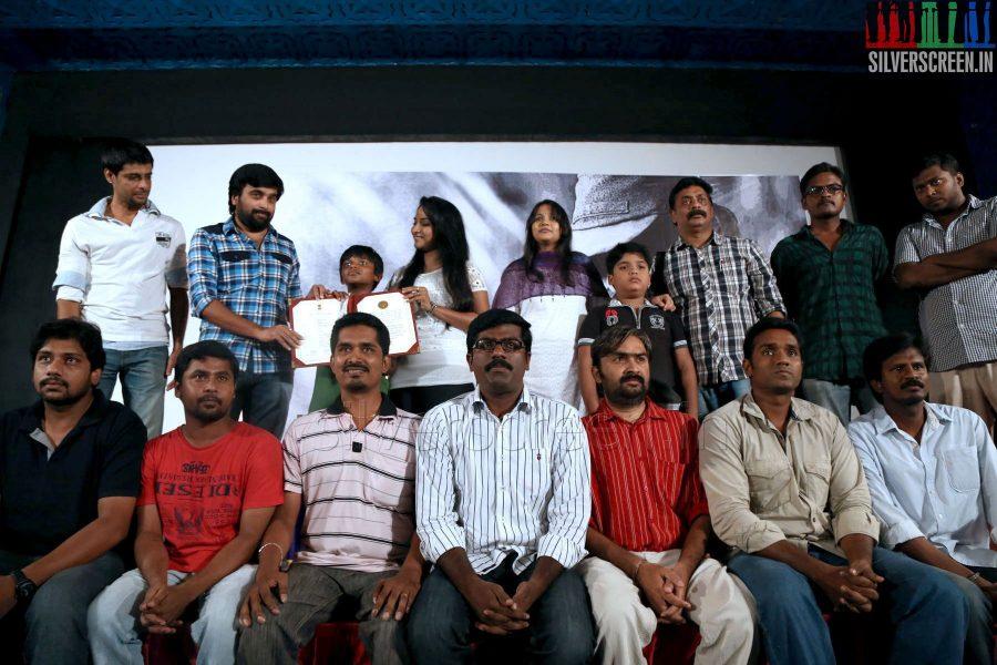 thalaimuraigal-award-winners-sasikumar-press-meet-059
