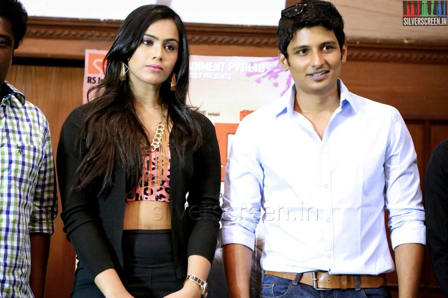 Actor Jiiva and Actress Thulasi Nair at the Yaan Press Meet