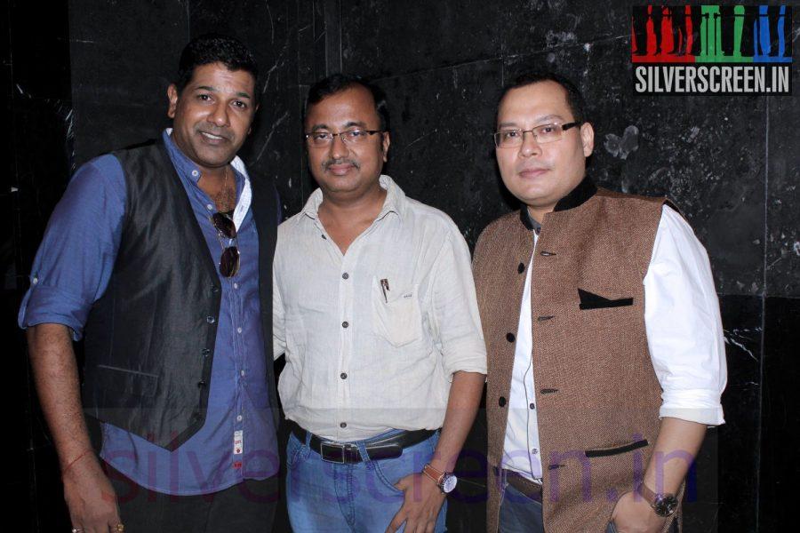 enna-satham-indha-neram-special-show-maanu-charity030