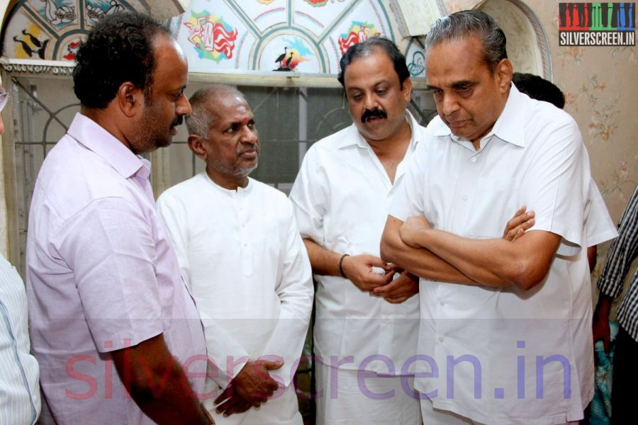 Music Director Ilaiyaraaja and Producer AVM Saravanan at Director Ramanarayanan's Funeral