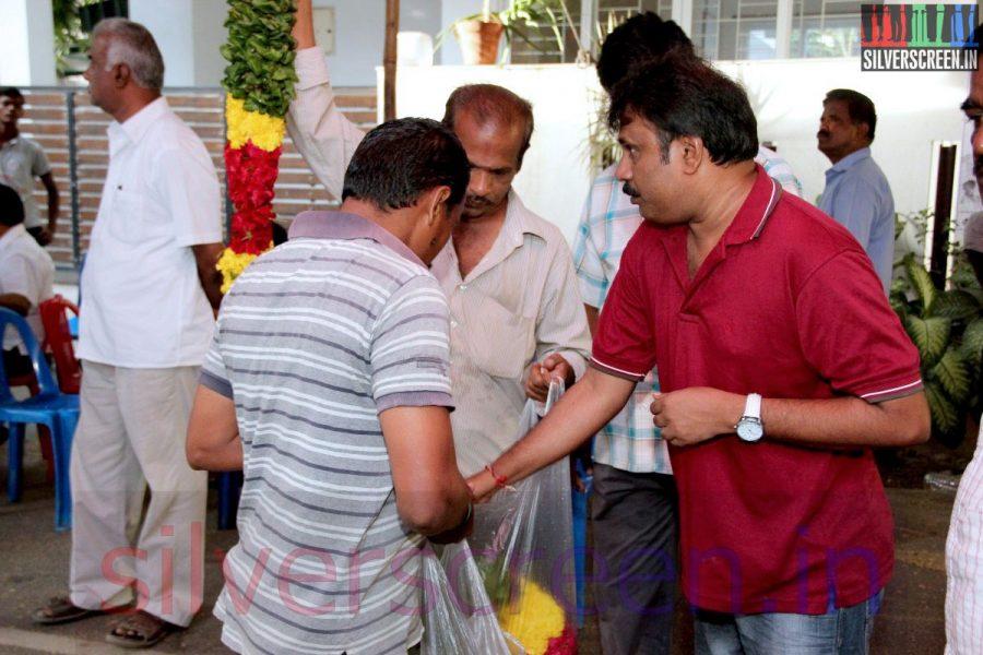 Director Perarasu at Director Ramanarayanan's Funeral