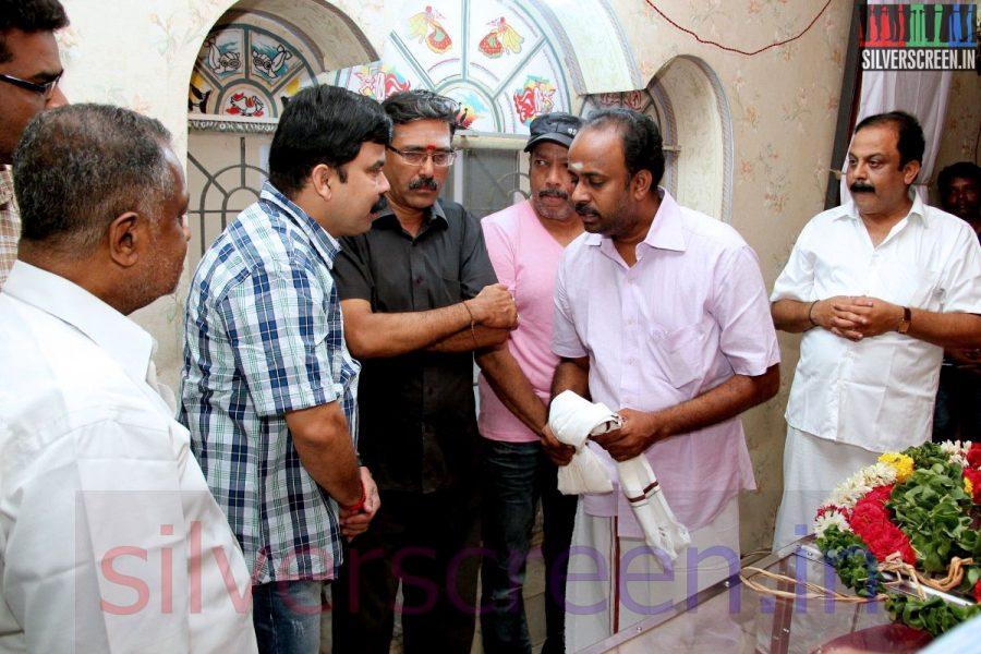 Actor Powerstar Srinivasan at Director Ramanarayanan's Funeral