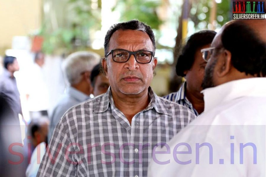 Actor Nasser and Santhana Bharathi at Director Ramanarayanan's Funeral