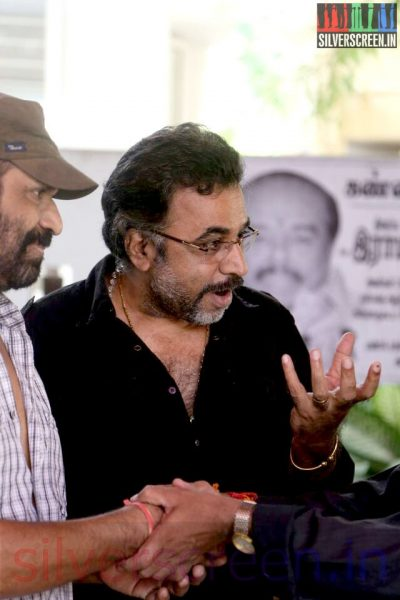 Director Ameer and Actor Ponvannan at Director Ramanarayanan's Funeral