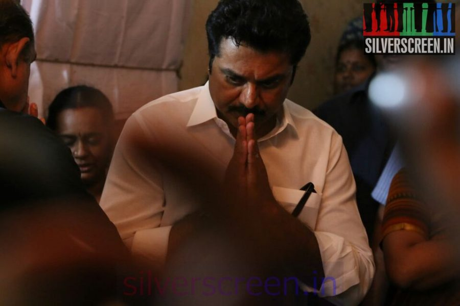 Actor Sarathkumar at Director Ramanarayanan's Funeral