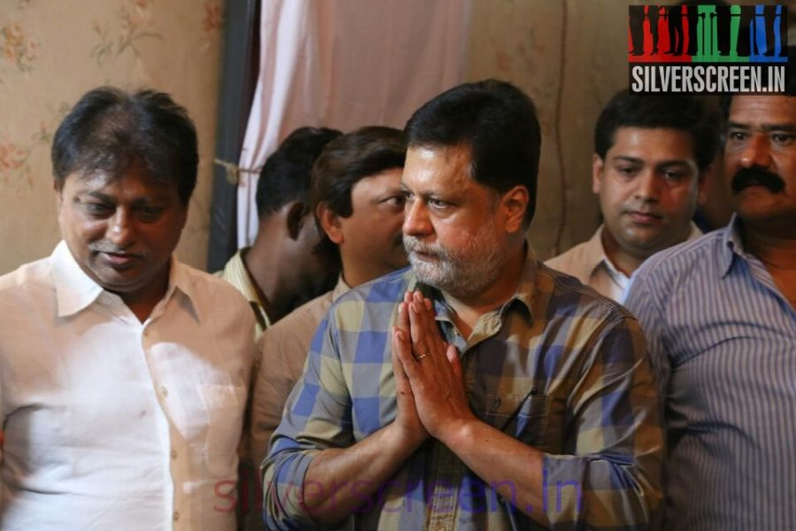 Actor Jayaprakash at Director Ramanarayanan's Funeral