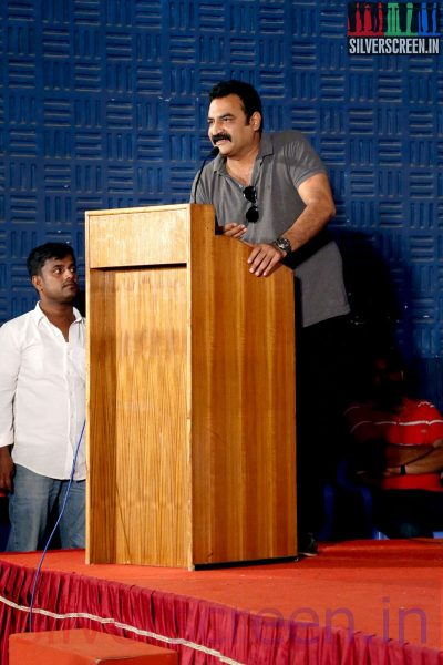Aadukalam Naren at the Sarabham Press Meet