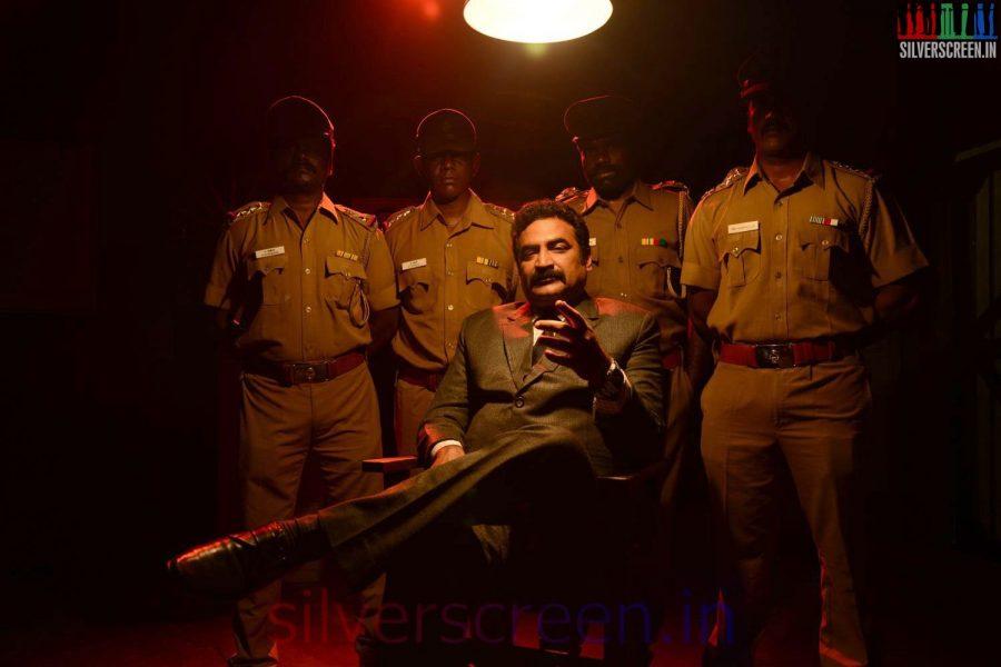 Aadukalam Naren in Sarabham Movie Stills