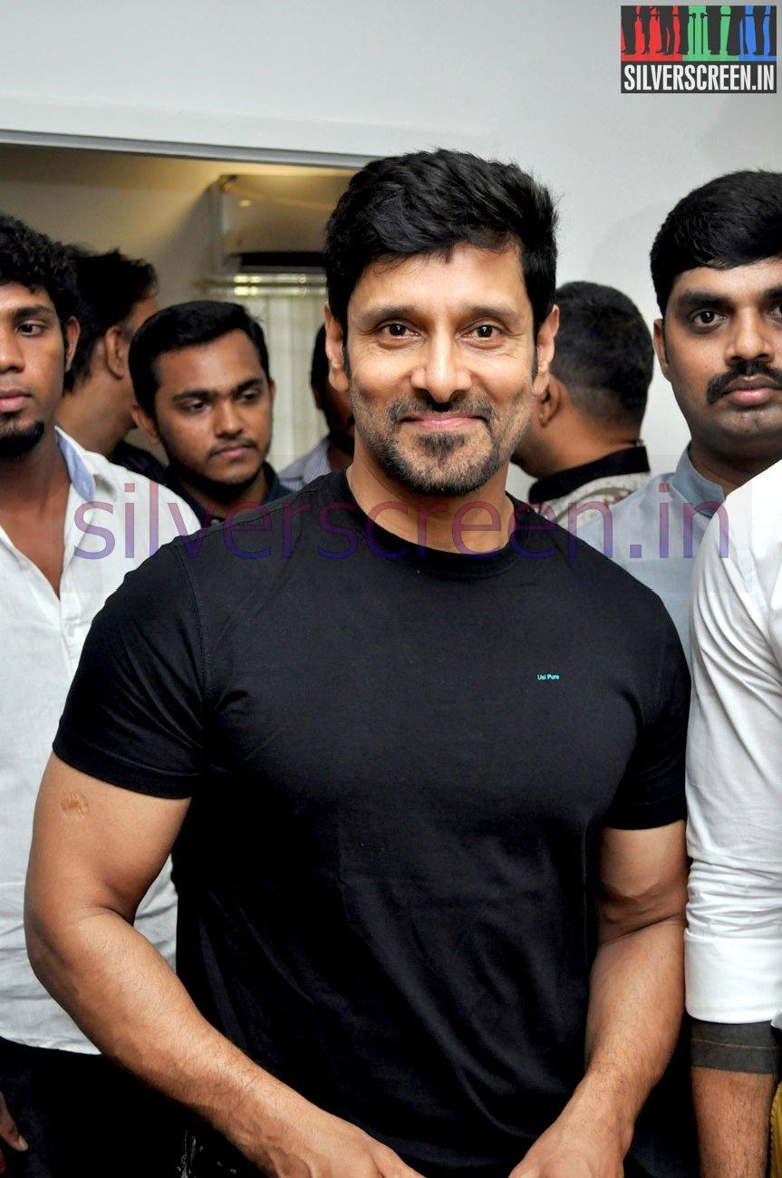 Vikram inaugurates the body studio gym silverscreen actor vikram inaugurates the body studio gym stills 002 altavistaventures Image collections