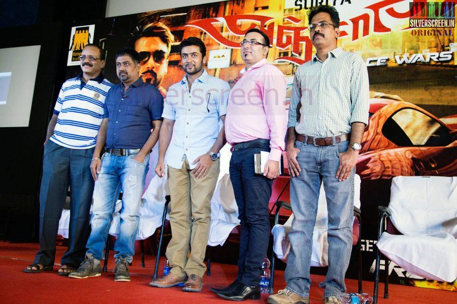 Actor Suriya, Director N Lingusamy, Producer G Dhananjayan and Screenplay Writer Brinda Sarathy at Anjaan Race Wars Game Launch Stills