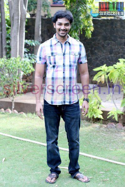 Actor Vivanth at Irukku Aana Illa Movie Press Show