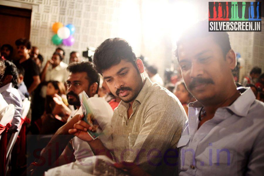 Director Samuthirakani and Actor Vimal (Or Vemal) at Maindhan (Or Mainthan) Movie Audio Launch
