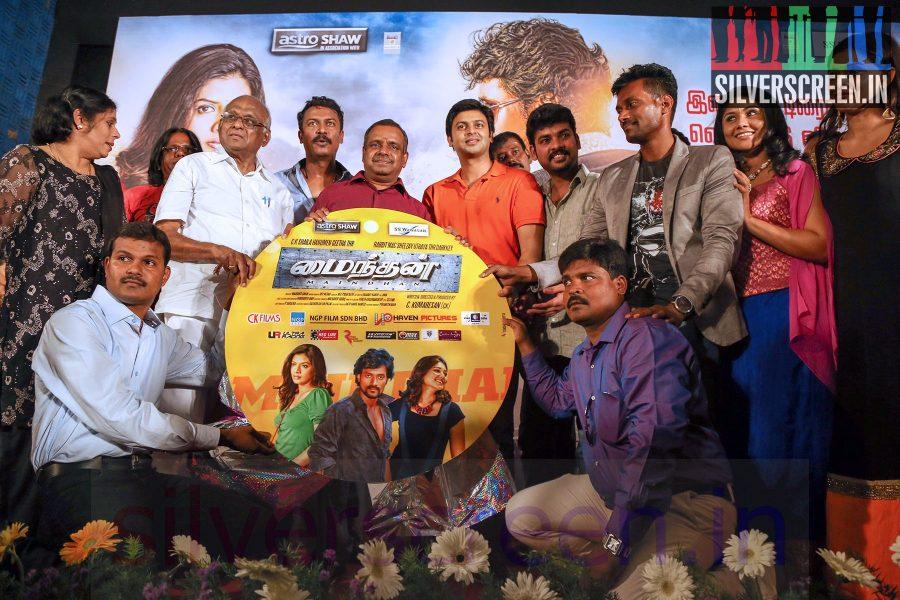 Director Samuthirakani, Actor Vimal (Or Vemal) and Srikanth at Maindhan (Or Mainthan) Movie Audio Launch