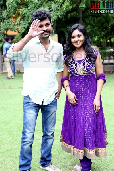 Actor Vimal (Or Vemal), Actress Punnagai Poo Gheetha at Nee Yellam Nalla Varuvada Press Meet