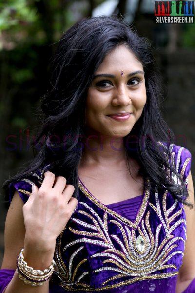 Actress Punnagai Poo Gheetha at Nee Yellam Nalla Varuvada Press Meet