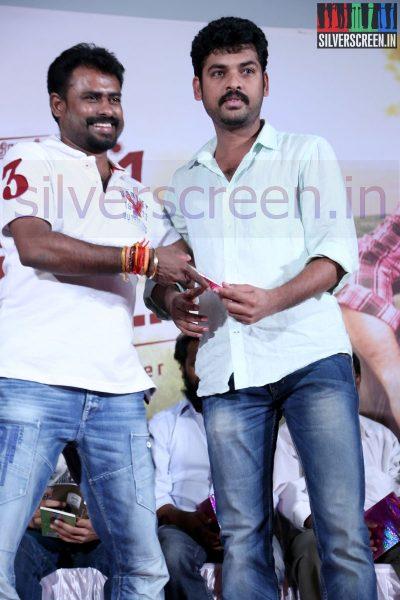 Director R Nagendran and Actor Vimal (Or Vemal) at Nee Yellam Nalla Varuvada Press Meet