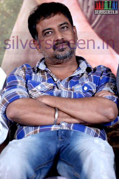 Director N Lingusamy at Nee Yellam Nalla Varuvada Press Meet