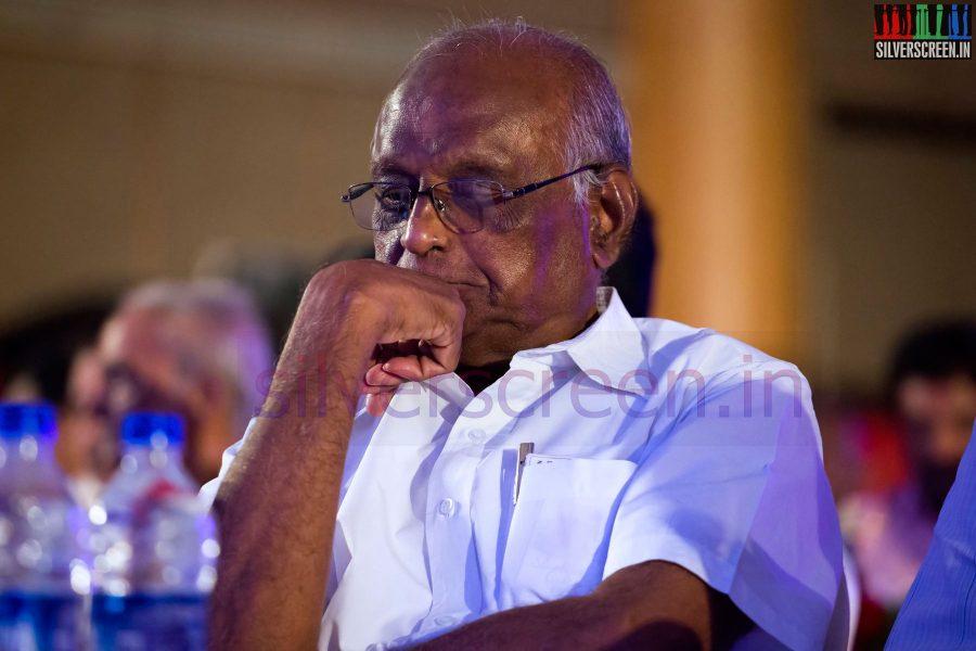 Director S P Muthuraman at the Puthiyathalaimurai (Puthiya Thalaimurai) Tamizhan Awards 2014