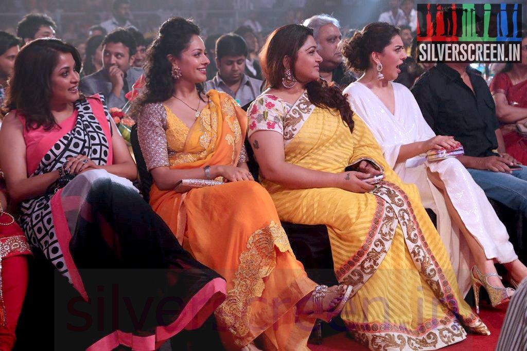 Actress Hansika Motwani Kushboo And Ramya Krishnan At Vijay Awards 2014 Event