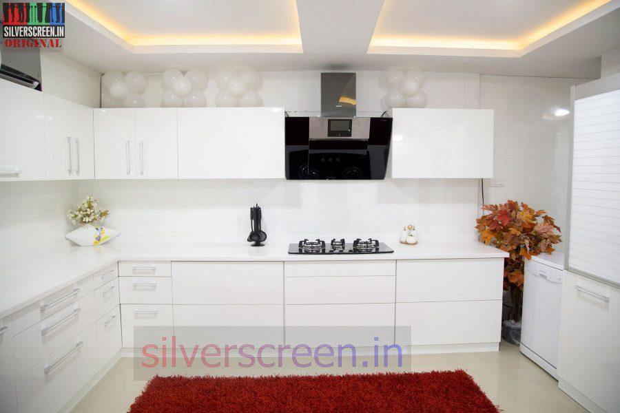 actor-prasanna-amitash-launch-of-classic-kitchen-stills-002