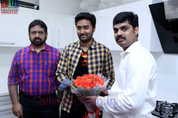 actor-prasanna-amitash-launch-of-classic-kitchen-stills-011