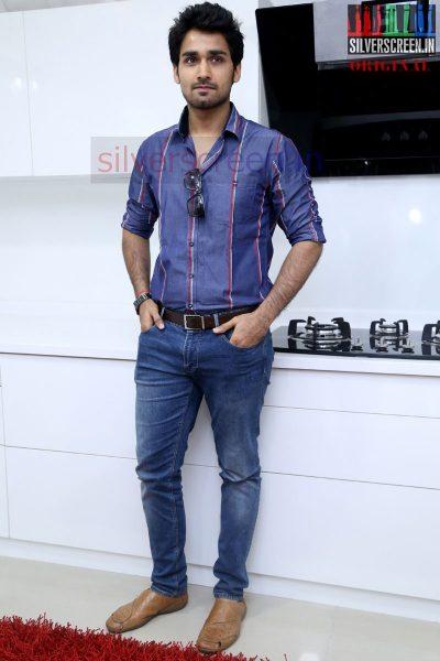 actor-prasanna-amitash-launch-of-classic-kitchen-stills-045
