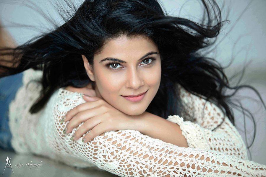 actress-manisha-photoshoot-stills-004