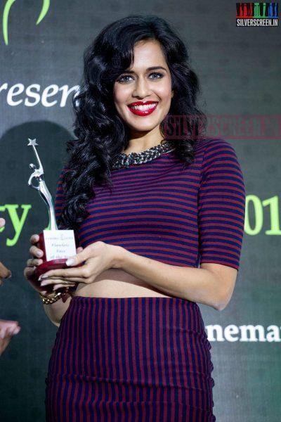 cosmo-glitz-awards-2014-hq-photos-068