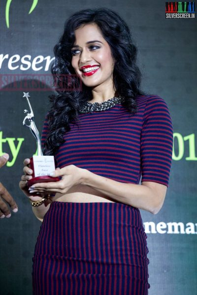 cosmo-glitz-awards-2014-hq-photos-069