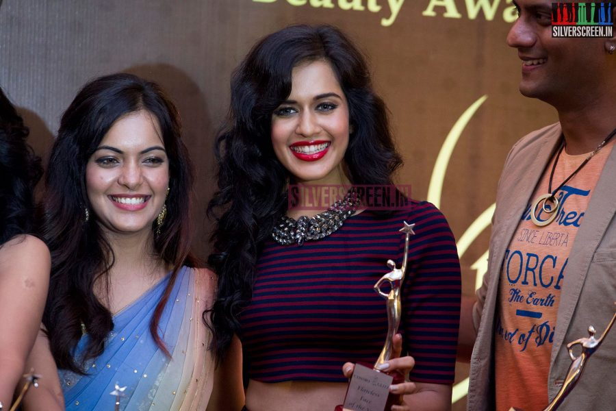 cosmo-glitz-awards-2014-hq-photos-137