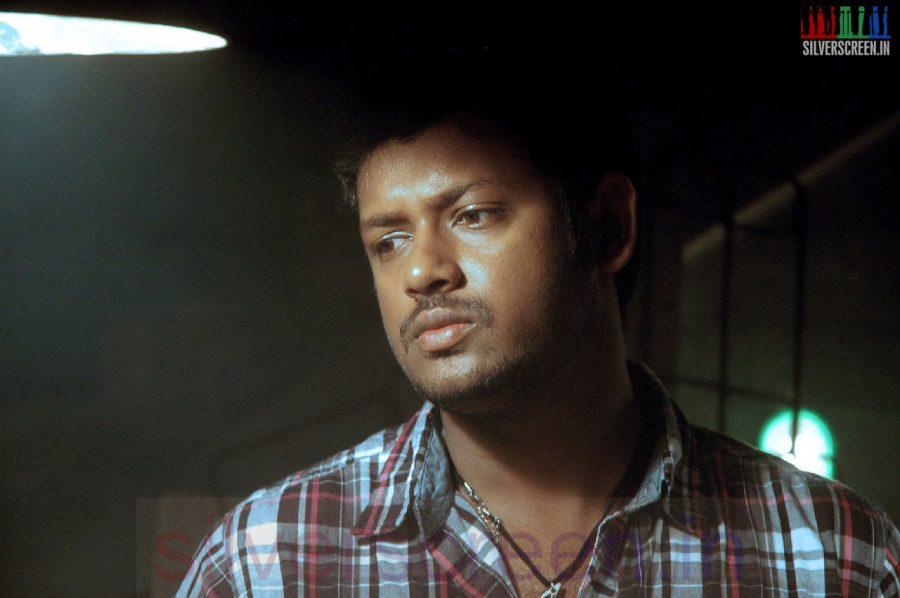 Actor Mahesh in Iravum Pagalum Varum Movie Stills
