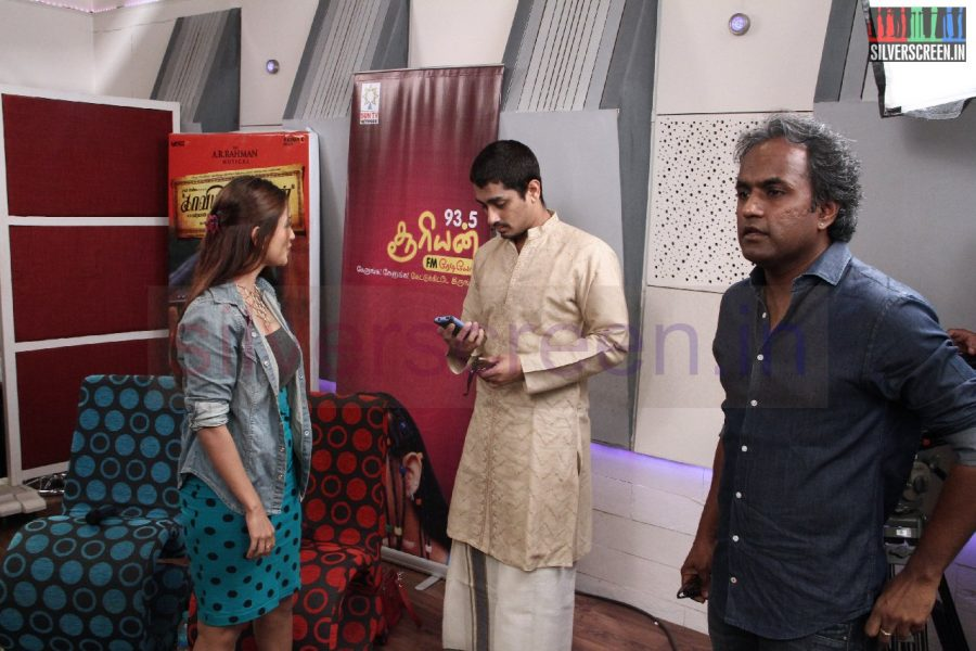 kaaviya-thalaivan-audio-launch-stills-005