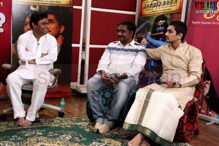 kaaviya-thalaivan-audio-launch-stills-015