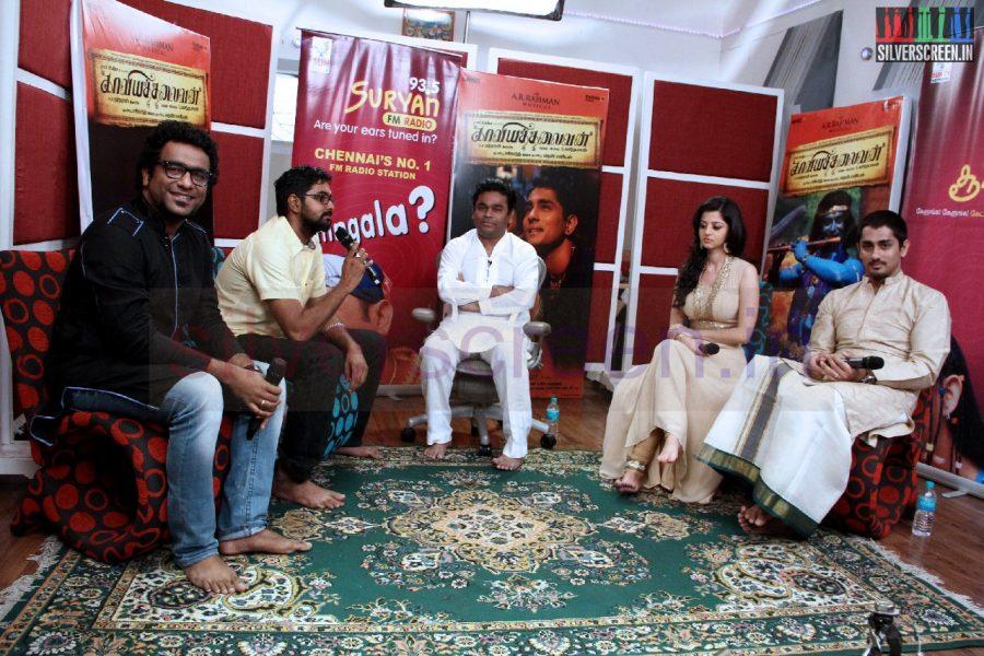 kaaviya-thalaivan-audio-launch-stills-020