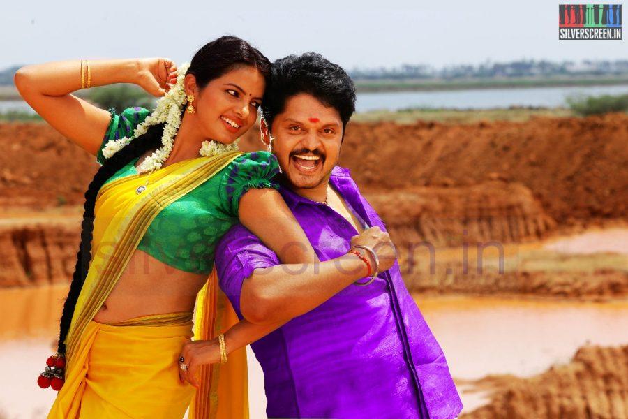 kanniyum-kaalaiyum-sema-kadhal-movie-stills-013