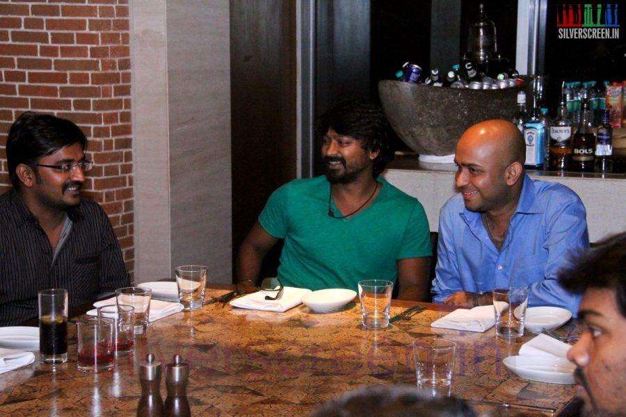 Actor Kreshna and Karunakaran at Kappal Dinner with Stars Contest Stills