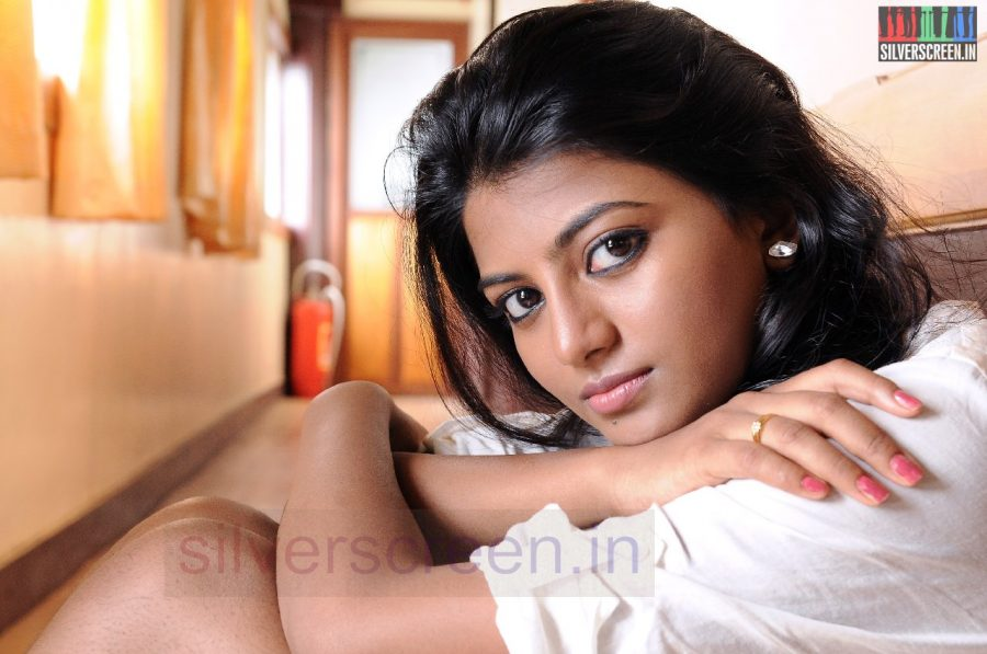 Actress Anandhi in Poriyaalan Movie Stills