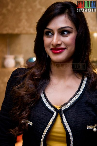 Actor Srikanth's wife Vandana at the Toni and Guy Essensuals Launch in Valasaravakkam