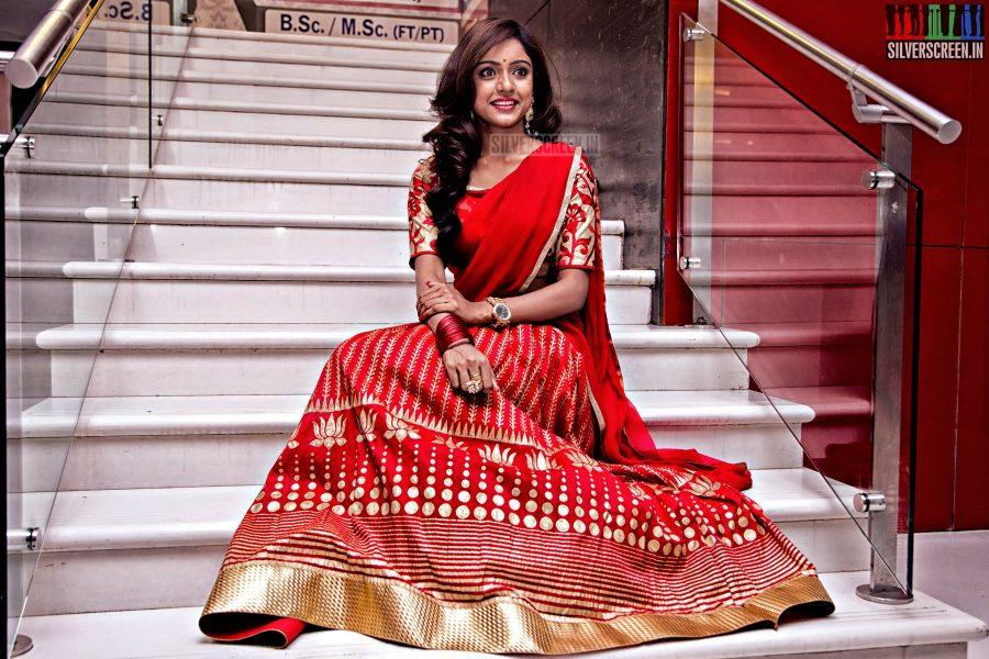 Tamil Actress Vithika Sheru at Mahabalipuram Movie Press Meet High Quality (HQ) Photos