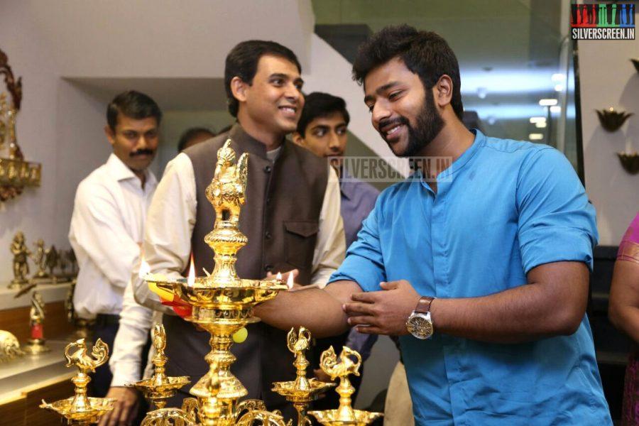 Shanthanu Bhagyaraj at the Mantra Showroom Launch Photos