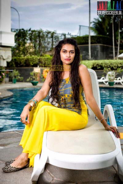 Salony Luthra Exclusive Photoshoot for Silverscreen.in