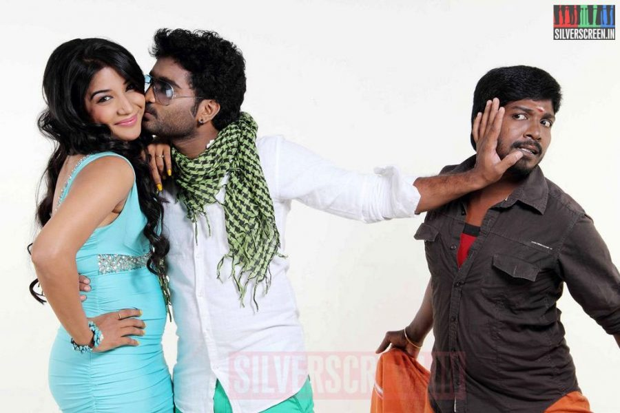 Actor Prabha, Kadhal Sukumar and Actres Sakshi Agarwal in Thiruttu VCD Movie Stills