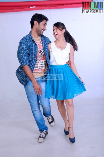 yaavum-kadhale-movie-stills-013